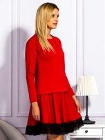 Czerwona sukienka z tiulową spódnicą                                  zdj.                                  5