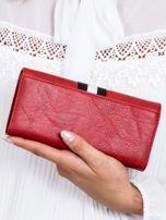 Czerwony portfel z wstawką w paski                                  zdj.                                  2