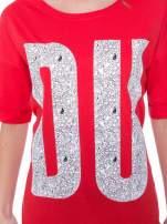 Czerwony t-shirt z nadukiem DUDE z przodu i na plecach