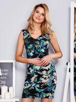 Dopasowana sukienka w ornamentowy deseń czarna                                  zdj.                                  1