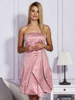 Drapowana sukienka z metalicznym połyskiem różowa                                  zdj.                                  1