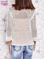 Ecru ażurowy sweter z tiulowym wykończeniem rękawów                                                                          zdj.                                                                         4