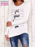Ecru bluza z napisem GET YOUR HAPPY ON                                  zdj.                                  1