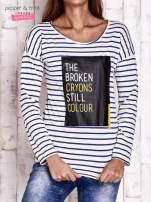 Beżowa bluzka w paski z napisem                                                                          zdj.                                                                         1