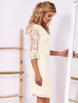 Ecru koronkowa sukienka z szerokimi rękawami                                  zdj.                                  3