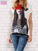 Ecru t-shirt z dziewczęcym nadrukiem                                                                           zdj.                                                                         1