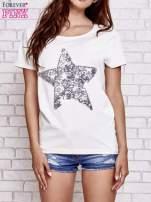 Ecru t-shirt z gwiazdą z cekinów