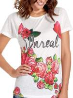 Ecru t-shirt z kwiatowym nadrukiem i napisem UNREAL                                  zdj.                                  5