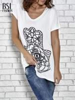 Ecru t-shirt z ornamentowym nadrukiem                                  zdj.                                  1