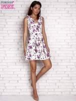 Fioletowa rozkloszowana sukienka w kwiaty                                                                          zdj.                                                                         2