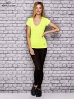 Fluożółty damski t-shirt sportowy w paski                                  zdj.                                  4