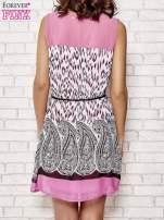 Fuksjowa sukienka boho z paskiem z frędzlami                                                                          zdj.                                                                         4