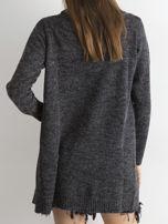 Grafitowy sweter z asymetrycznym zapięciem                                  zdj.                                  2