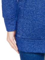 Granatowa bluza dresowa z kapturem z materiału a'la denim                                                                          zdj.                                                                         5