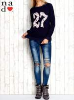 Granatowa bluza z cyfrą 27