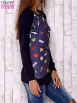 Granatowa bluza z komiksowymi nadrukami                                  zdj.                                  3