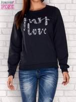 Granatowa bluza z napisem JUST LOVE i perełkami