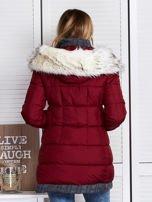Granatowa kurtka zimowa ze swetrowym wykończeniem                                  zdj.                                  2