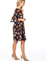 Granatowa kwiatowa sukienka z rozszerzanymi rękawami                                  zdj.                                  3