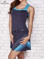 Granatowa sukienka sportowa z niebieskimi wstawkami                                  zdj.                                  3
