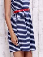 Granatowa sukienka w marynarskim stylu z paskiem                                  zdj.                                  6