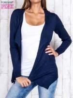 Granatowy niezapinany sweter z melanżowym efektem