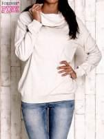 Jasnobeżowy sweter z szerokim golfem                                                                          zdj.                                                                         1