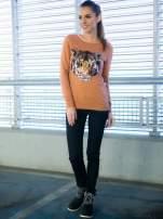 Jasnobrązowa bluza z aplikacją tygrysa z cekinów                                  zdj.                                  8