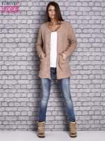 Jasnobrązowy sweter long hair zapinany na suwak                                  zdj.                                  2