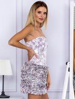 Jasnofioletowa sukienka w grochy z ozdobną spódnicą                                  zdj.                                  5