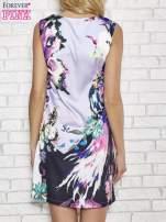 Jasnofioletowa sukienka z malowanym nadrukiem                                  zdj.                                  4