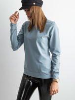 Jasnoniebieska bluza damska basic                                  zdj.                                  3