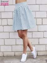 Jasnoniebieska spódnica w grochy z plisami                                  zdj.                                  1