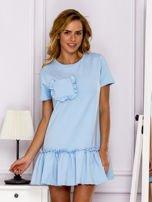 Jasnoniebieska sukienka z falbaną                                  zdj.                                  1