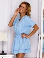 Jasnoniebieska sukienka z gumką w pasie                                   zdj.                                  5