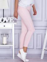 Jasnoróżowe spodnie rurki                                  zdj.                                  5