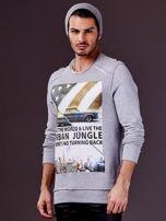 Jasnoszara bluza męska z nadrukiem i surowym wykończeniem