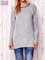 Jasnoszary melanżowy sweter ze skórzanym wykończeniem                                  zdj.                                  1