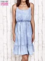 Jeansowa sukienka z falbaną na dole