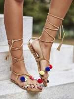 Karmelowe sandały damskie gladiatorki z pomponami                                  zdj.                                  5