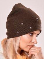 Khaki czapka z metalowymi dżetami                                  zdj.                                  2