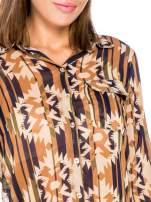 Khaki koszula w etniczne wzory z kieszonką