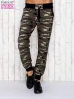 Khaki spodnie dresowe moro z troczkami