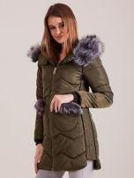 Khaki zimowa kurtka z futrzanym wykończeniem                                  zdj.                                  5