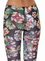 Kwiatowe legginsy z nadrukami floral print                                                                          zdj.                                                                         7
