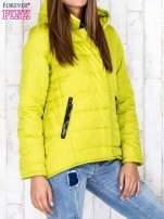 Limonkowa przejściowa kurtka puchowa z dłuższym tyłem                                  zdj.                                  3