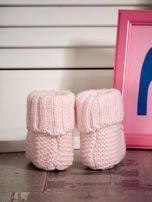 Miękkie buciki dziewczęce z ozdobnymi serduszkami jasnoróżowe                                  zdj.                                  3