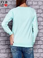 Miętowa bluza z naszywkami                                  zdj.                                  4