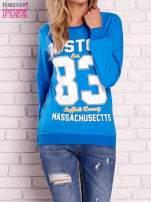 Niebieska bluza z napisem BOSTON 83
