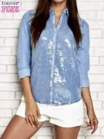 Niebieska denimowa koszula z aplikacją z cekinów                                  zdj.                                  1